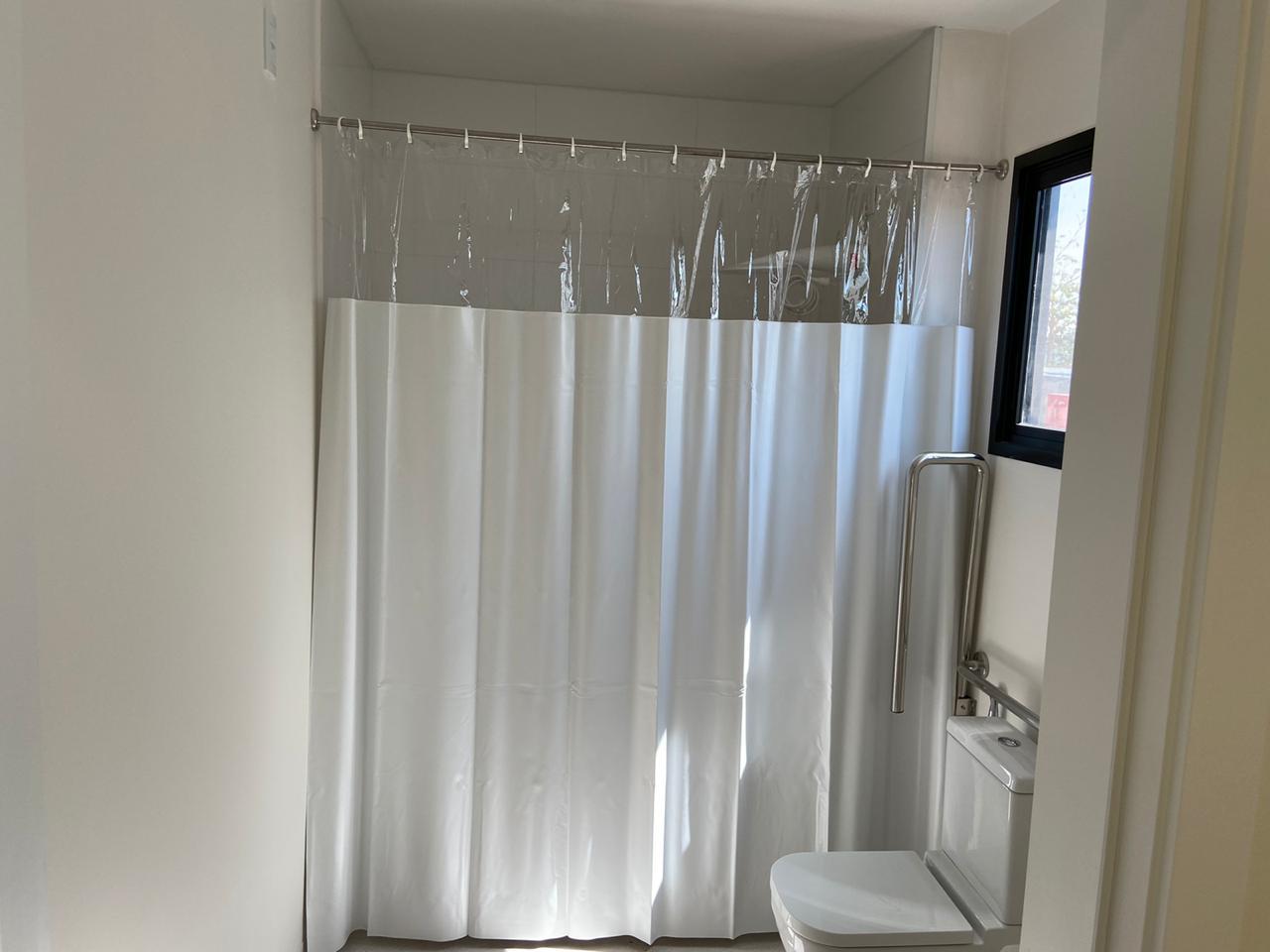 Cortina Box de Banheiro em Vinil